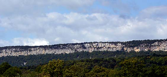 Approaching the Shawangunk Ridge's long white cliffs.